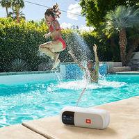 JBL presenta sus nuevas radios portátiles Tuner 2 y Tuner XL, dos modelos que podrás llevar a la piscina