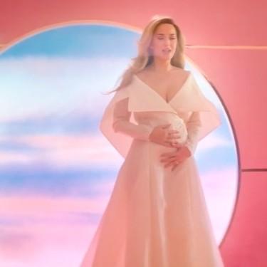 Katy Perry anuncia que está embarazada con el lanzamiento de un precioso vídeo