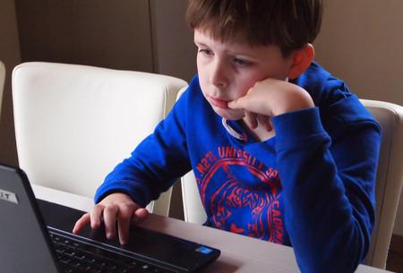 Facebook entrenará a los niños de Reino Unido para que luchen contra el ciberacoso