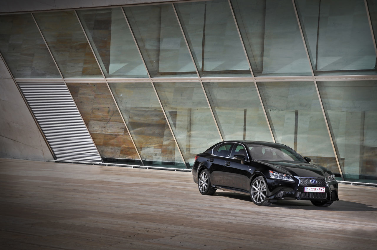 Foto de Lexus GS 450h F Sport (2012) (4/26)