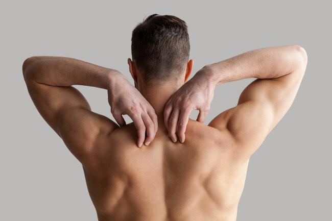 Trabaja tus hombros en casa, sin equipamiento alguno