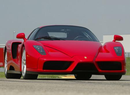 Ferrari Enzo 2002 1600 02