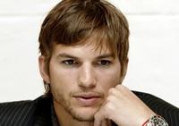 Boquitas de piñón: Ashton Kutcher