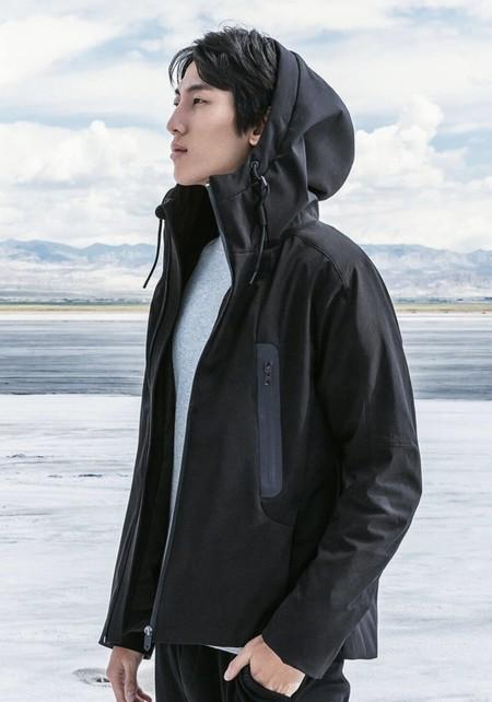 El invierno nos da menos miedo ahora que hemos descubierto la nueva apuesta de Xiaomi: esta parka con calefacción incorporada
