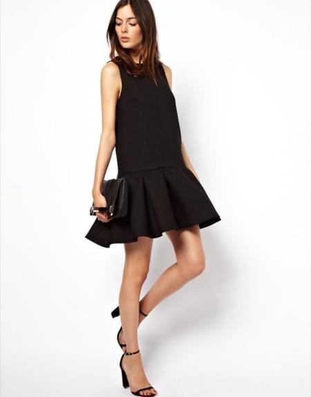 Vestido negro manga cero