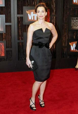 Kristin Scott Thomas se une a las adoradoras del vestido de YSL