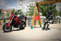 Ducati Hypermotard, prueba (conducción en ciudad y carretera)