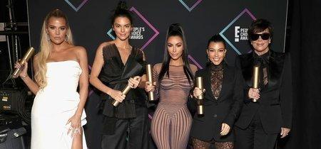 El maquillaje en verde de Kendall Jenner en los People's Choice Awards 2018  que te sorprenderá (tanto como a nosotras)