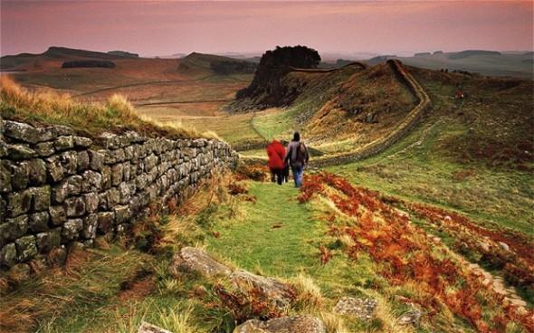 Hadrian S Wall No 2477386b 590x368