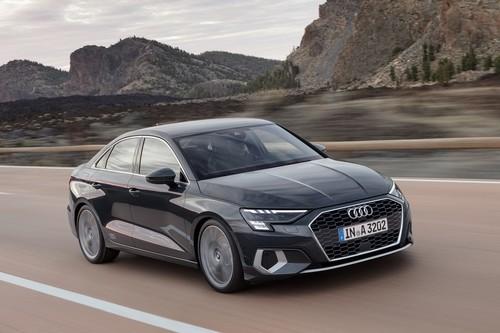 El Audi A3 Sedan vuelve más agresivo, digitalizado y con sistema de microhibridación de 48 V bajo el capó