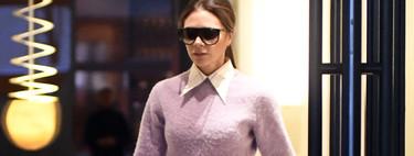 Si ves a alguien lucir una combinación en malva y rojo es que se ha inspirado en el último estilismo de Victoria Beckham