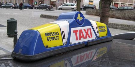 Bruselas se apunta al taxi eléctrico