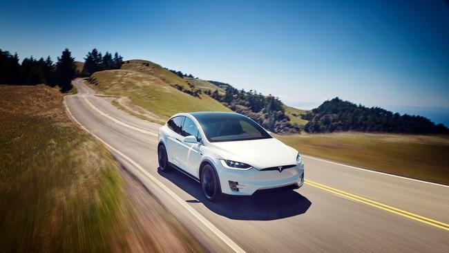 Las ventas de Tesla se desplomaron 70% en China durante octubre