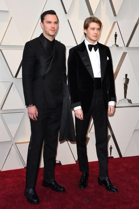 Nicholas Hoult Se Envuelve En Un Look De Dior Para Los Premios Oscar 2019 02