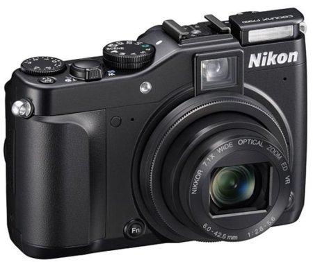 Nikon P7000, la seriedad llegó a las compactas