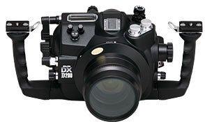 Canon 5D y Nikon D200: carcasas subacuáticas