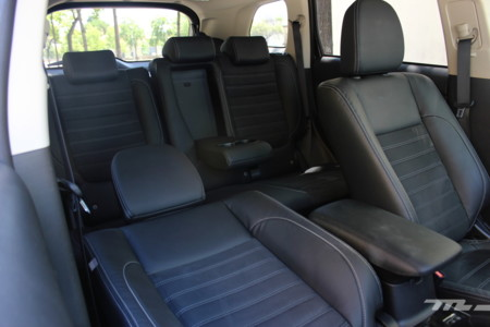 Mitsubishi Outlander Phev 365