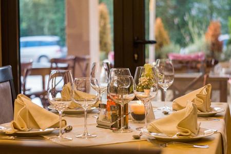 El Congreso estudiará sacar los tickets restaurante de la base de cotización