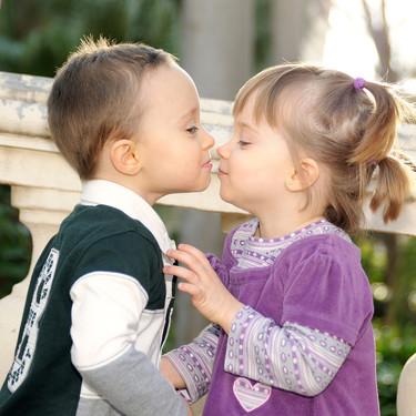 """Mononucleosis en la infancia o """"enfermedad del beso"""": síntomas y tratamiento"""
