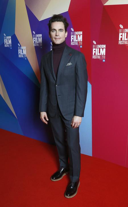 Matt Bomer Nos Demuesta Una Elegante Combinacion De Otono En Su Look En La Premire De Papa Chulo 3