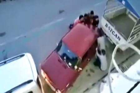 Aquí tienes el mejor y más barato asistente de aparcamiento que hayas visto nunca