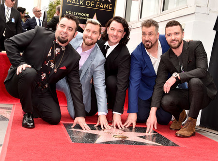 NSYNC vuelve a ser la boy band más cool del planeta en la develación de su estrella en Hollywood