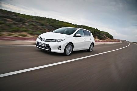 Toyota Yaris, Verso y Auris, nunca un euro trajo consigo tanto equipamiento
