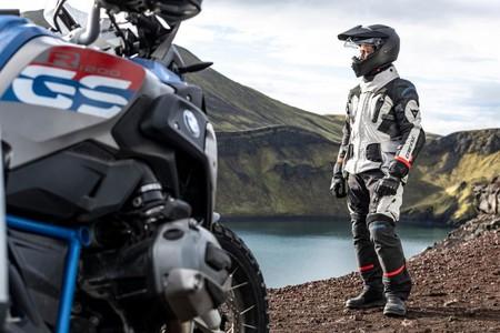 2.200 euros de traje de moto sólo para aventureros extremos: Dainese Explorer Antartica