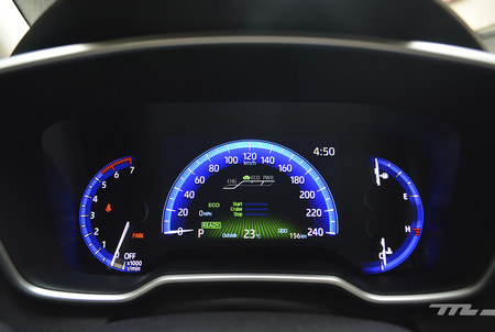 Toyota Corolla Hybrid 2020 16