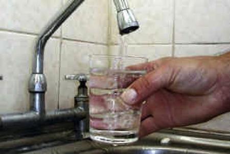 El agua fluorada del grifo y otros medicamentos que nos suministran sin nuestro consentimiento