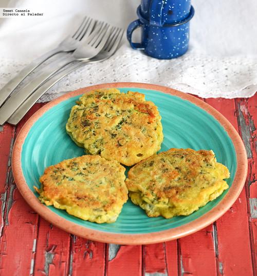 Tortitas de kale, queso gorgonzola y queso de cabra. Receta
