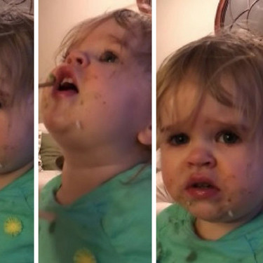 Acusada una madre de abuso infantil por dar a probar wasabi a su bebé