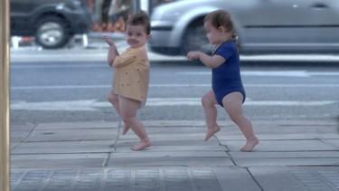 Baby&Me, el último vídeo de bebés bailando que ya es furor en YouTube