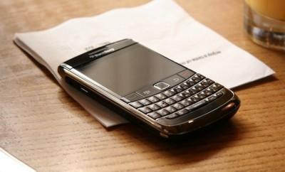 La NSA puede hackear tu teléfono, tanto si usas iOS, como Android o BlackBerry