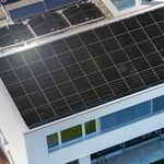 LG presenta sus nuevos paneles solares NeON H: diseño de doble cara, 390 vatios y 25 años de garantía