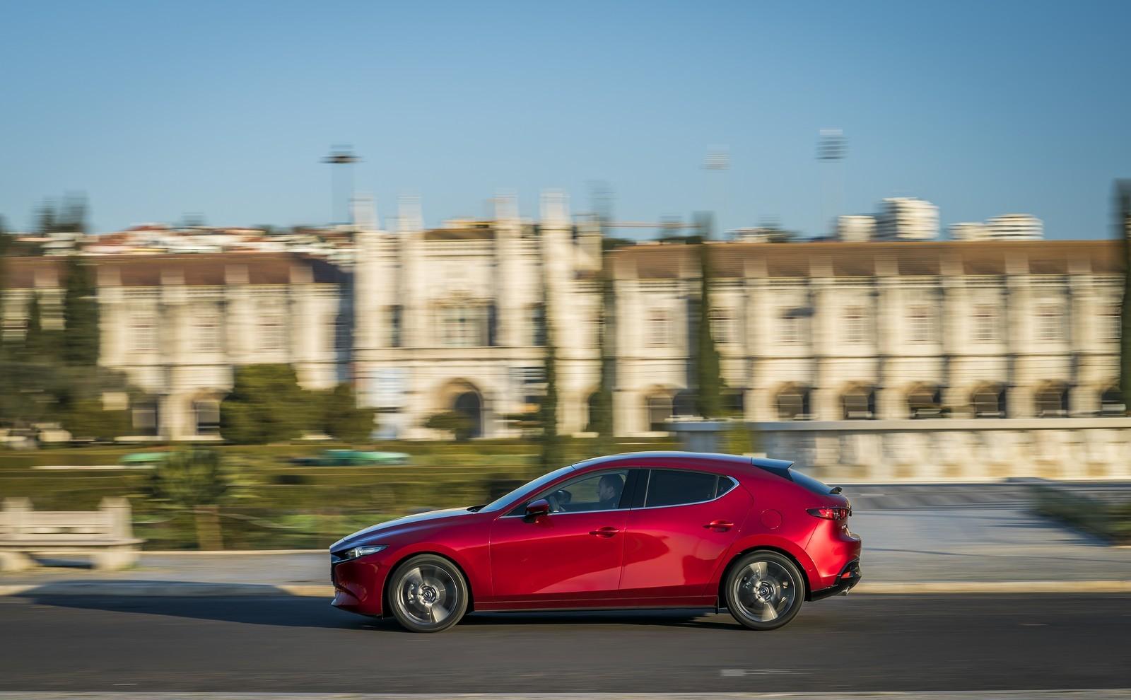 Foto de Mazda3 2019 (72/128)