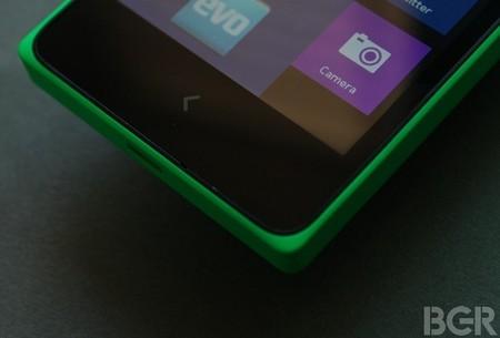 Botón físico Nokia X2