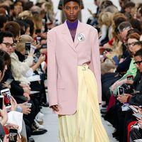 Clonados y pillados: esta es la falda de Céline con más clones (por el momento)