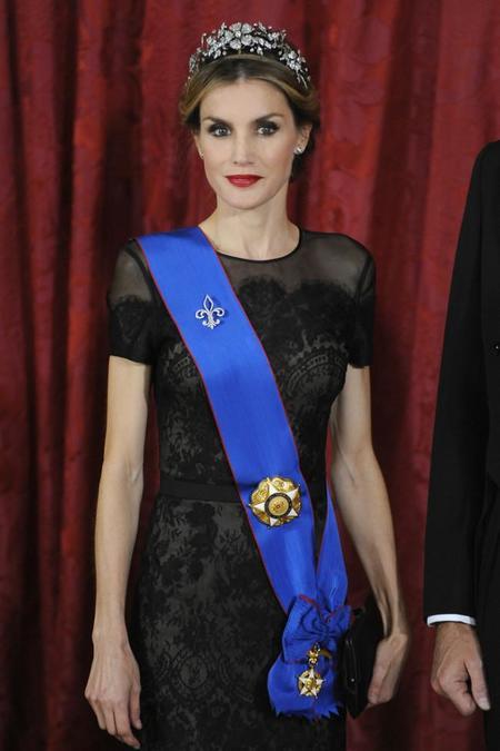 La Reina Letizia seduce con sus labios rouge