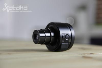 Las cámaras QX de Sony ya tienen grabación 1080p y accesorio para tablets