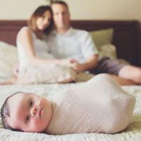 Su hija nació con un tumor cerebral inoperable e hicieron esta emotiva sesión de fotos para recordarla por siempre