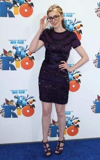 Las gafas 'nerd' de Anne Hathaway en la presentación de Río en LA