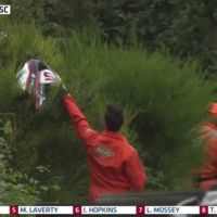 La fortísima caída de Stuart Easton en Brands Hatch