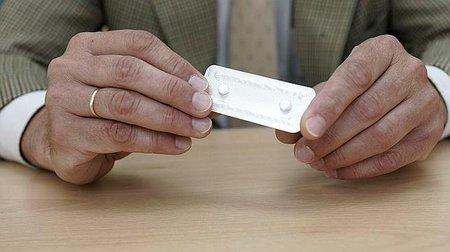 Una mala noticia: fracasa el anticonceptivo masculino debido a sus efectos secundarios. Pero hay otra buena...