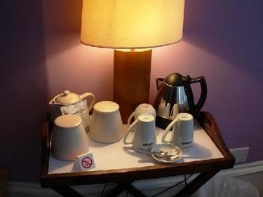 Una buena idea: juego de té para el dormitorio