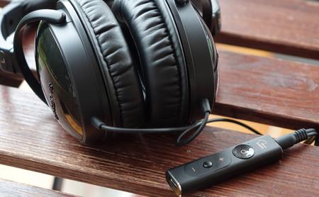 Creative SXFI AMP, análisis: este amplificador con sonido holográfico quiere ser un aliado indispensable de nuestros auriculares