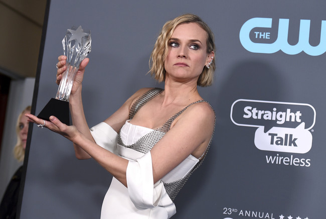 Diane Kruger firma un look 10 en los Critics' Choice Awards 2018 (¿alguien lo dudaba?)