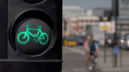 Chaqueta inteligente para ciclistas desarrollada por Ford