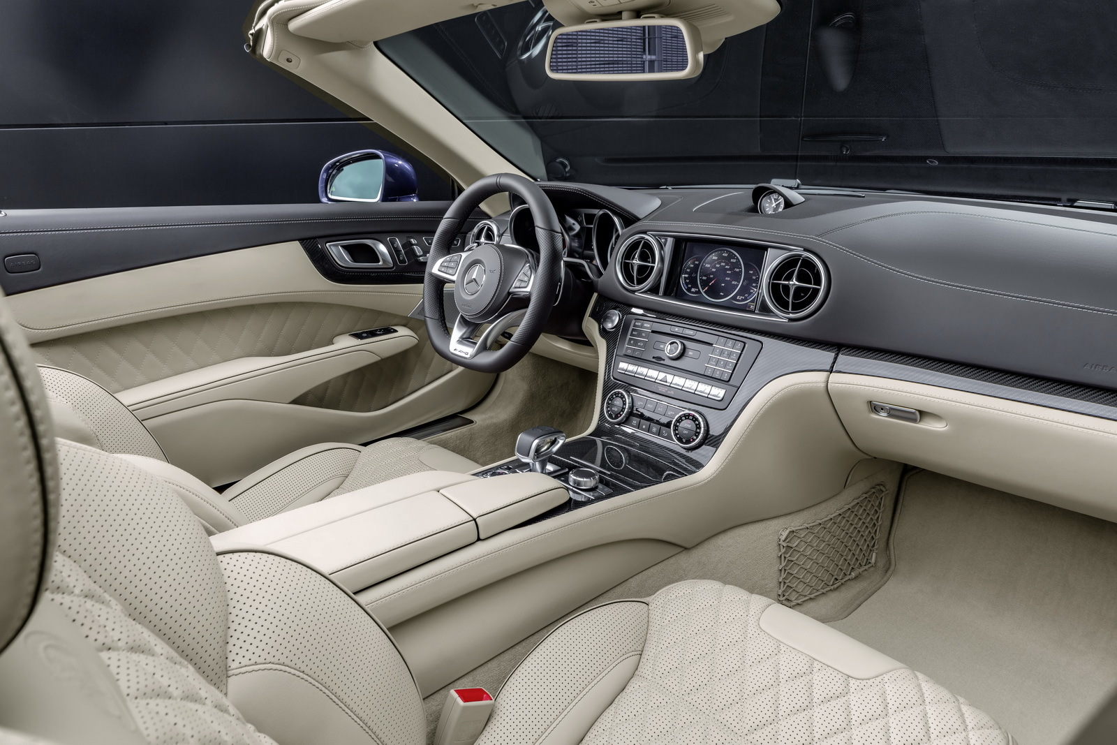 Foto de Mercedes-Benz SL 2016 (27/32)