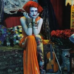 Foto 1 de 5 de la galería el-estilo-bohemio-domina-esta-temporada-por-sasha-pivovarova-para-vogue-italia en Trendencias